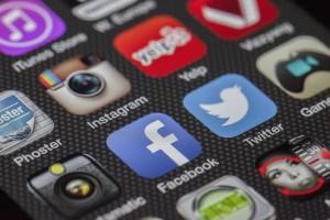 Social Media for Moving